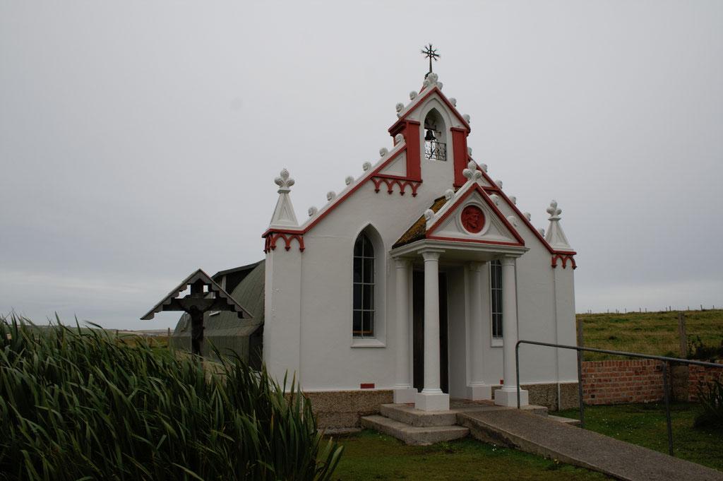 Urlaub Orkney Inseln - Italian Chapel außen - Zebraspider DIY Anti-Fashion Blog