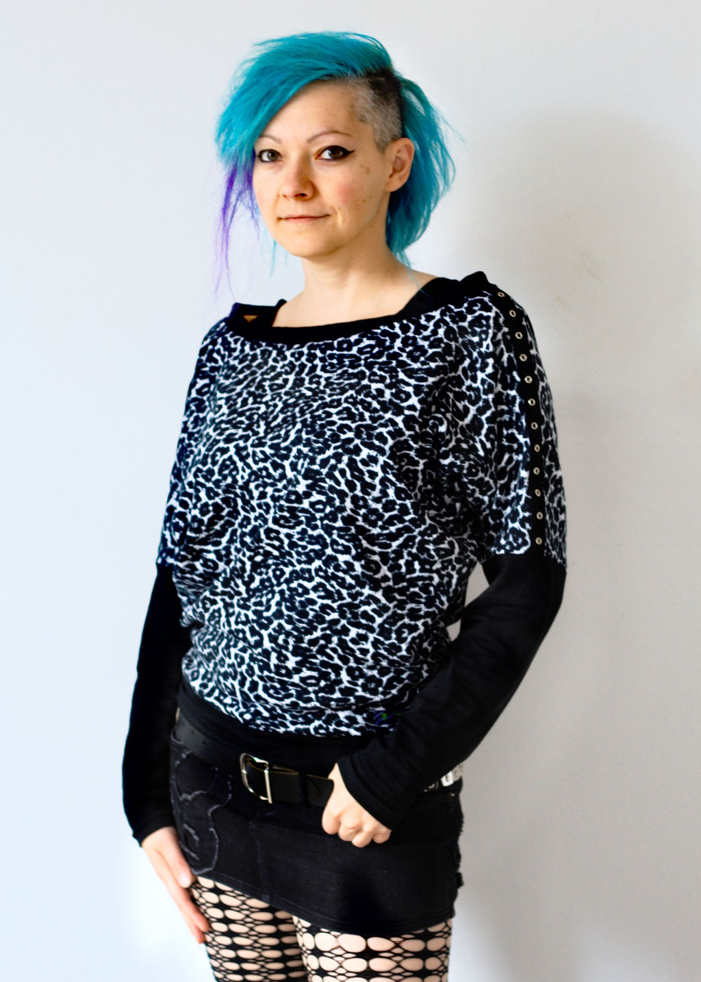 New tops, arm warmers and pouches - Leopard Batwing Sleeve Jumper - Zebraspider DIY Anti-Fashion Blog