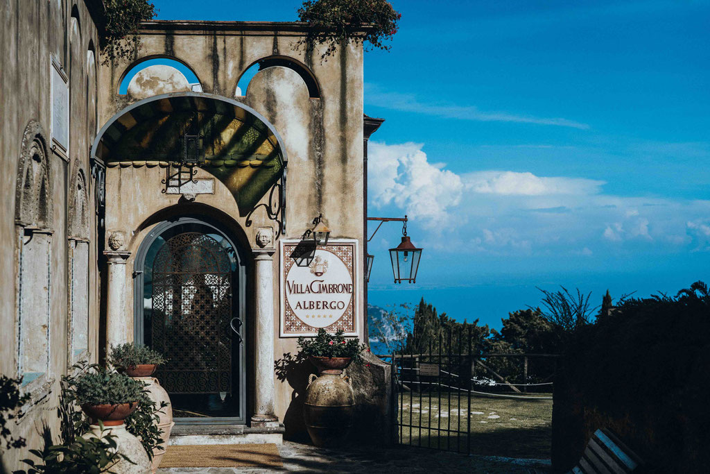 entrance to the villa cimbrone - ravello