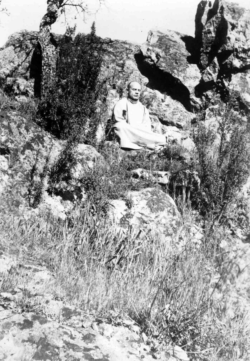 Francis meditating in Australia. Photo courtesy of M. LePage & C. Borg.