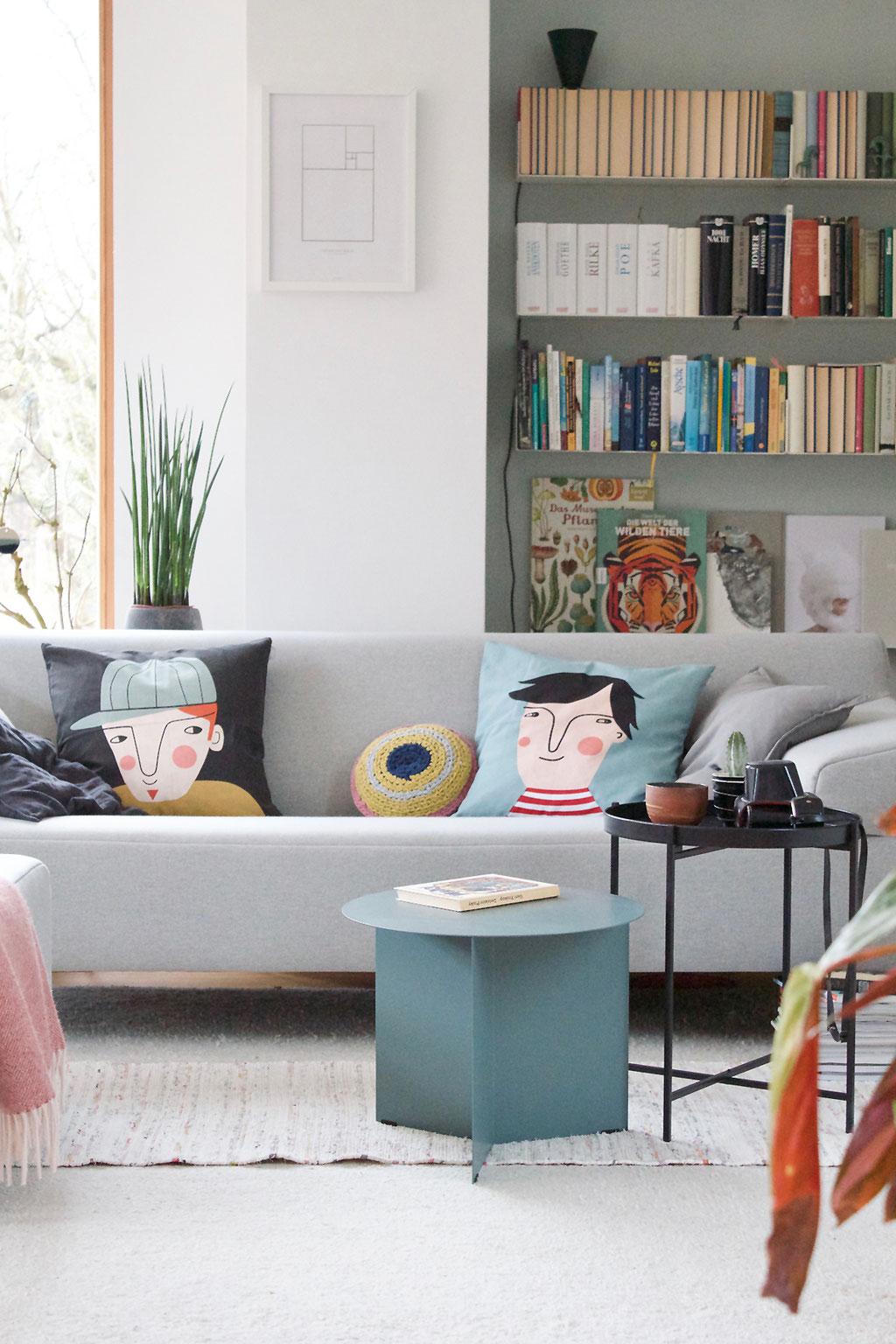 dieartigeBLOG - Neue Mitbewohner im Wohnzimmer: Tim, Häkan und Slit Table