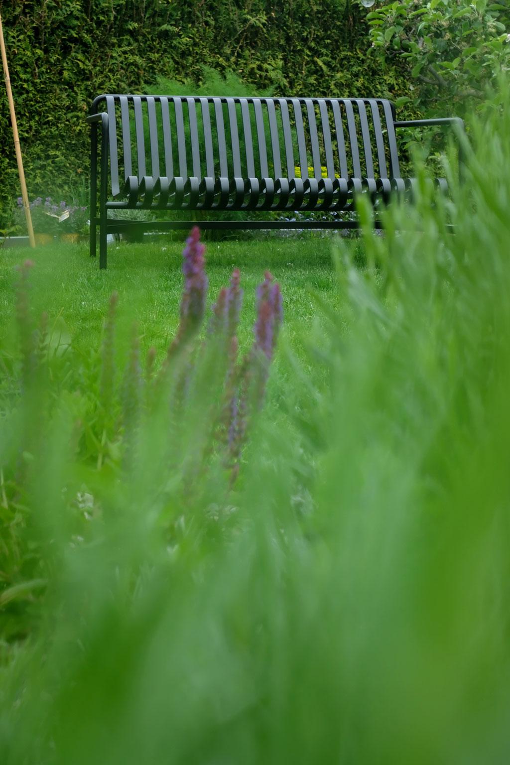 dieartigeGARTEN - Garten-Lounge-Sofa Palissade in Anthrazit von Hay