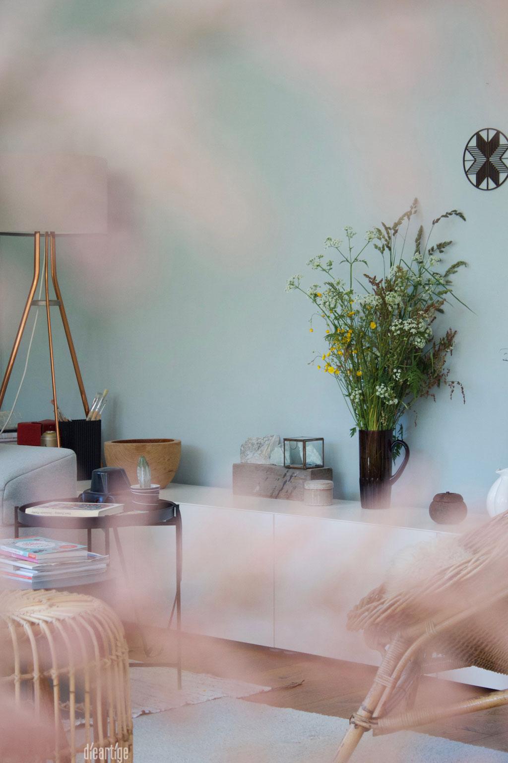 dieartigeBLOG - Tamariske mit Durchblick in den Wohnbereich