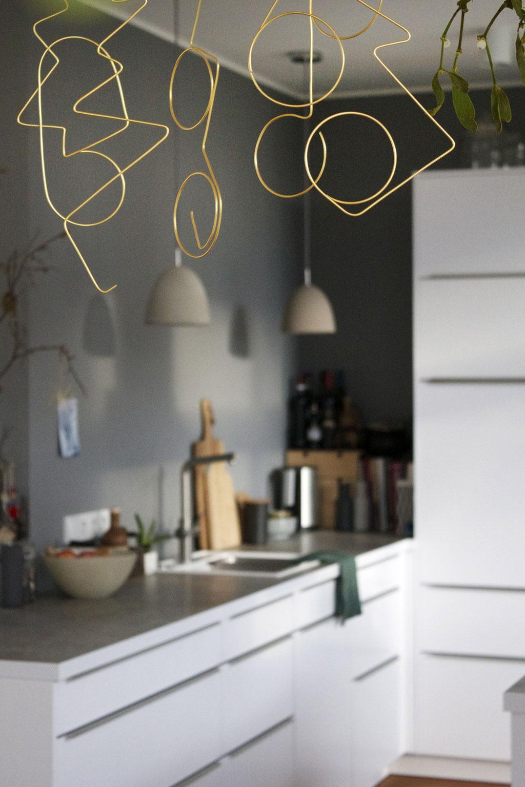 dieartigeBLOG - Weihnachtsbaum-Dekoration aus Golddraht, DIY, Küche
