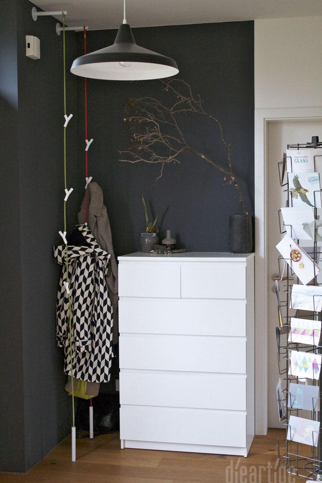 Wandfarbe Dunkel anthrazit eine wandfarbe nicht nur für dunkle ecken dieartige