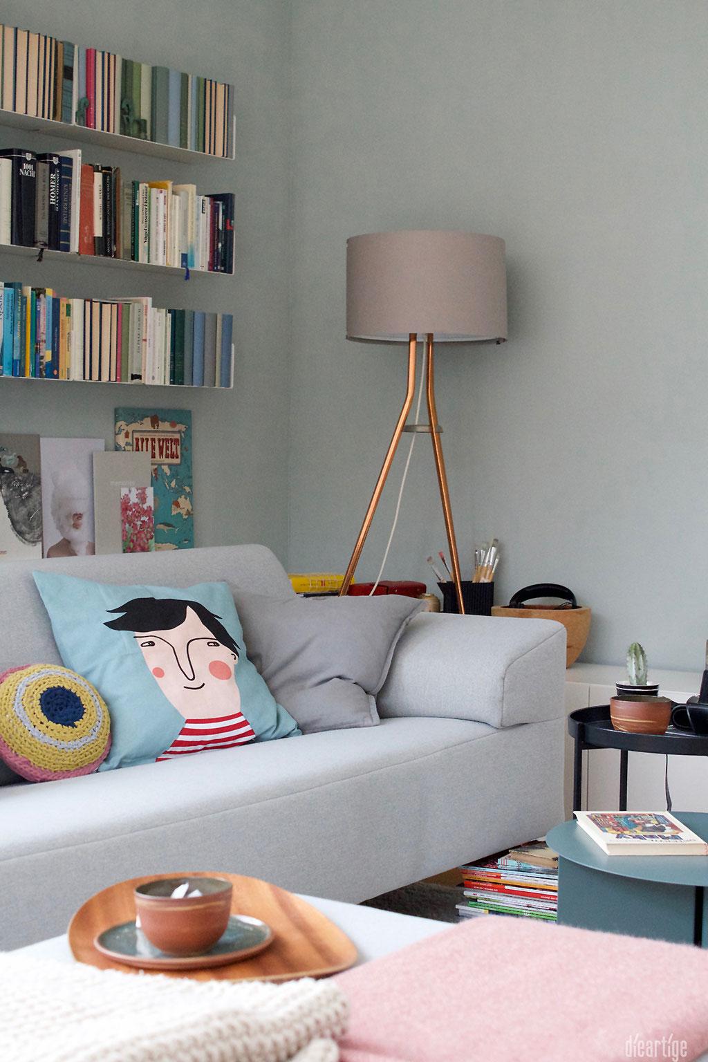 dieartigeBLOG - Im Wohnzimmer wird es bunt, Salbei, hellblau, senf, rosa, hellgrau und gelb