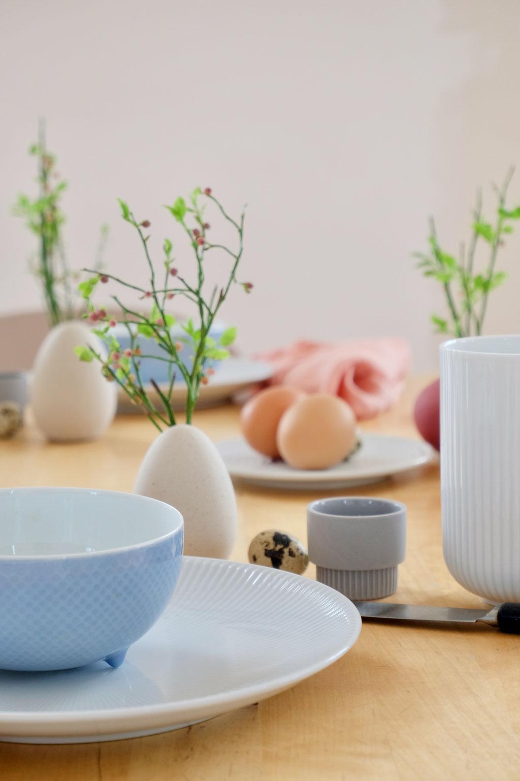 dieartigeBLOG - Ostern -Tischdekoration; Geschirr mit Streifen (Blend) von Rosenthal + von Ferm Living