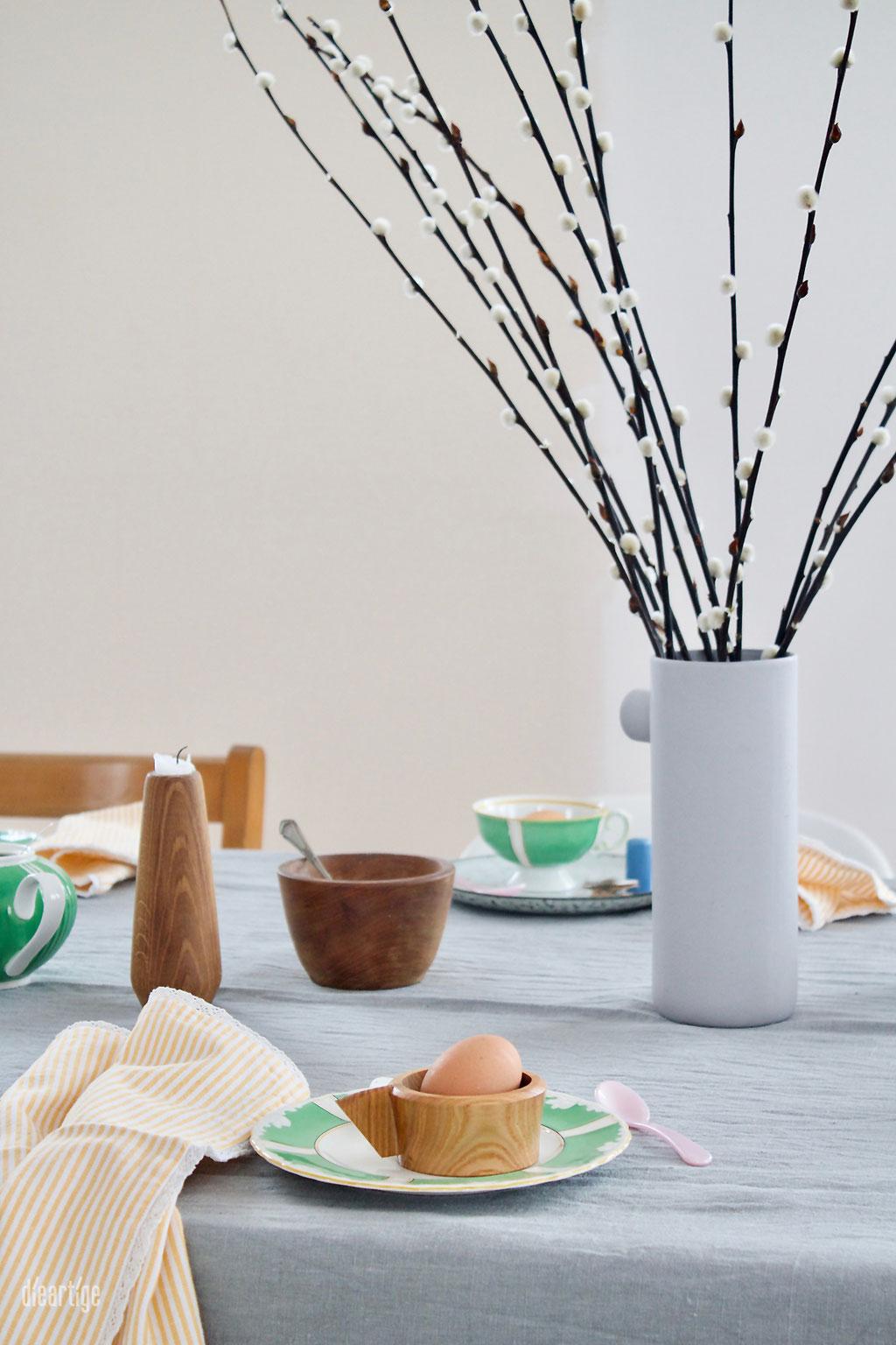 dieartigeBLOG - Oster//Frühlings-Tischdekoration | Handgefertigte Keramik, weiß-mattes Porzelan, Wachteleier