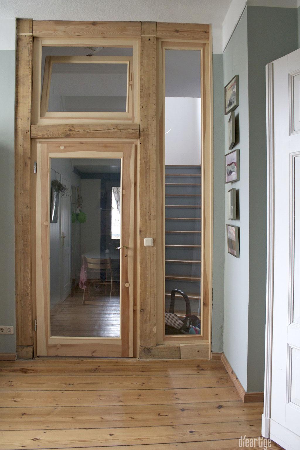 dieartige -Gestaltung | EssZi // Fam. F. | Holzrahmentür mit integriertem alten Balken