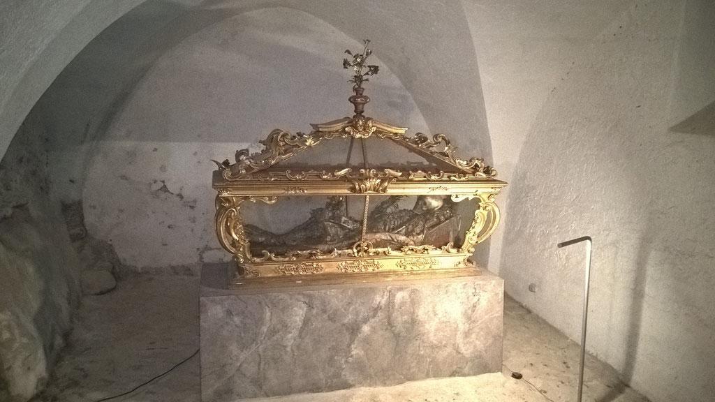 Der heilige Klemens in der Krypta © kulturverein bruneck