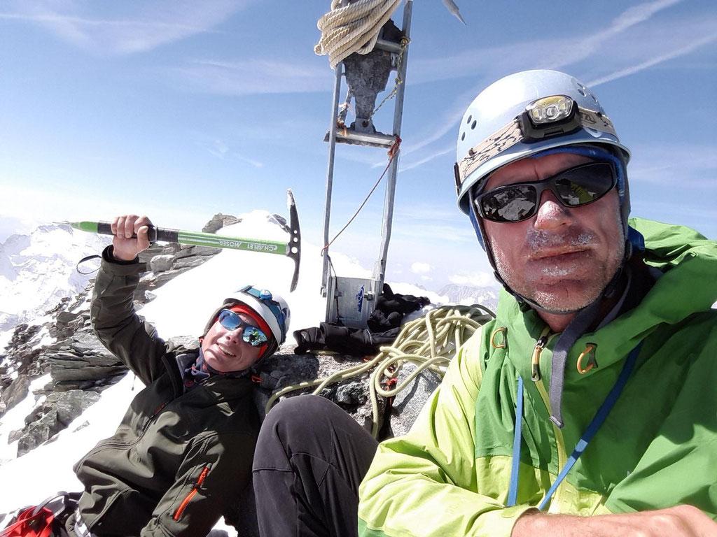Gipfelfoto Dent Blanche 4357m