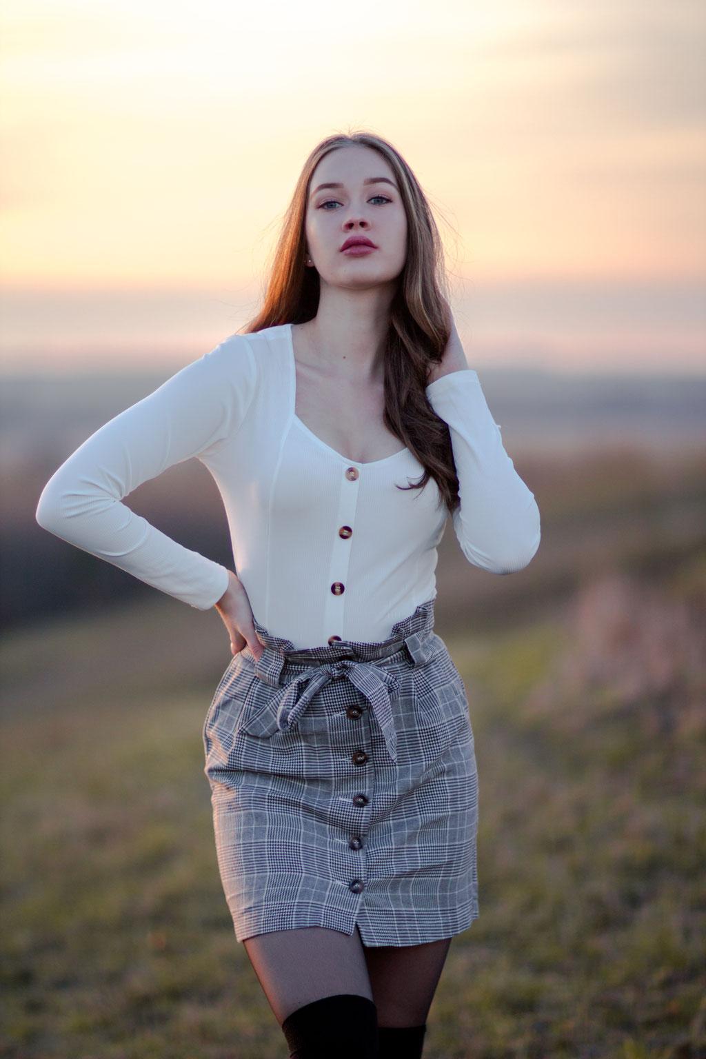 Portrait| Hendrikje Richert Fotografie| Gegenlicht| Abendsonne