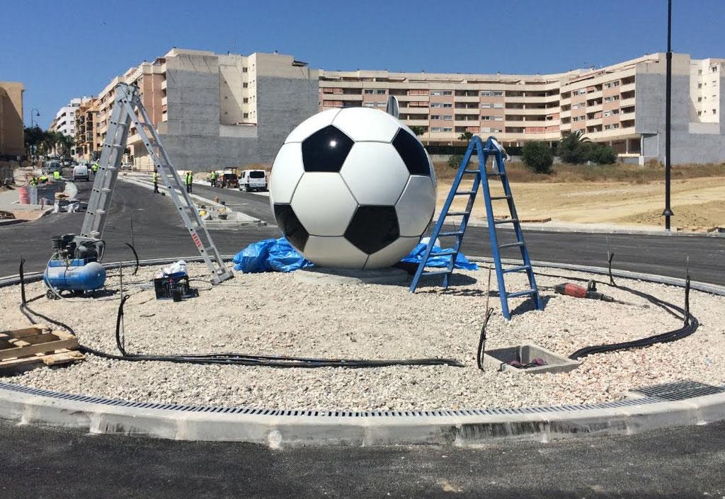 Bolón de Futbol, Escultura de Rotonda