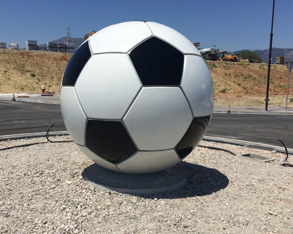 Balón de Fútbol en Rotonda