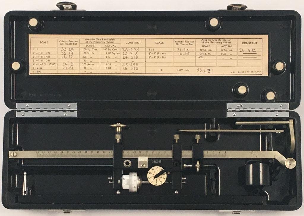 Planímetro ALLBRIT-STANLEY, s/n 26291, fabricado por Stanley en Londres (UK), año 1950, 24x8x4 cm
