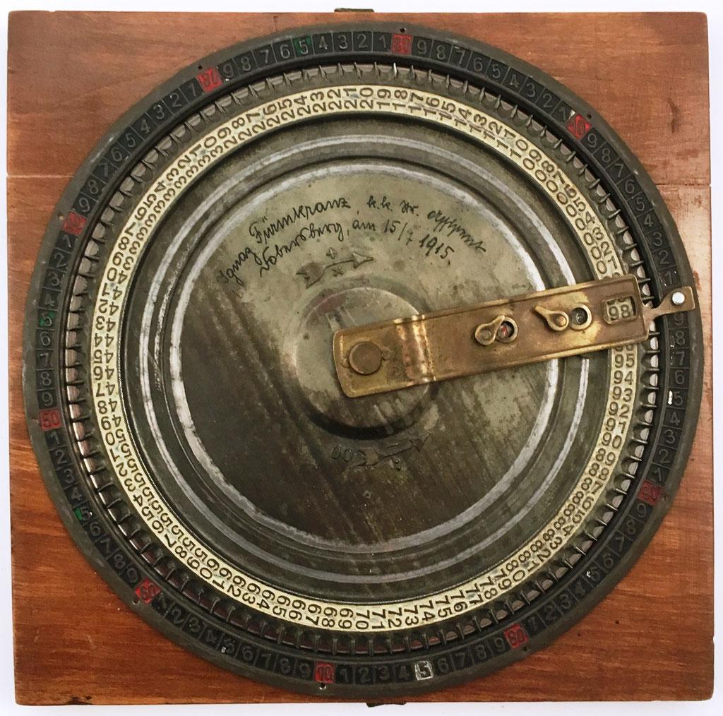 Sumadora OPTIMA I, fabricada por J. Ugrich, distribuida por el Dr. Albert Hauff, año 1910, 19.5 cm diámetro