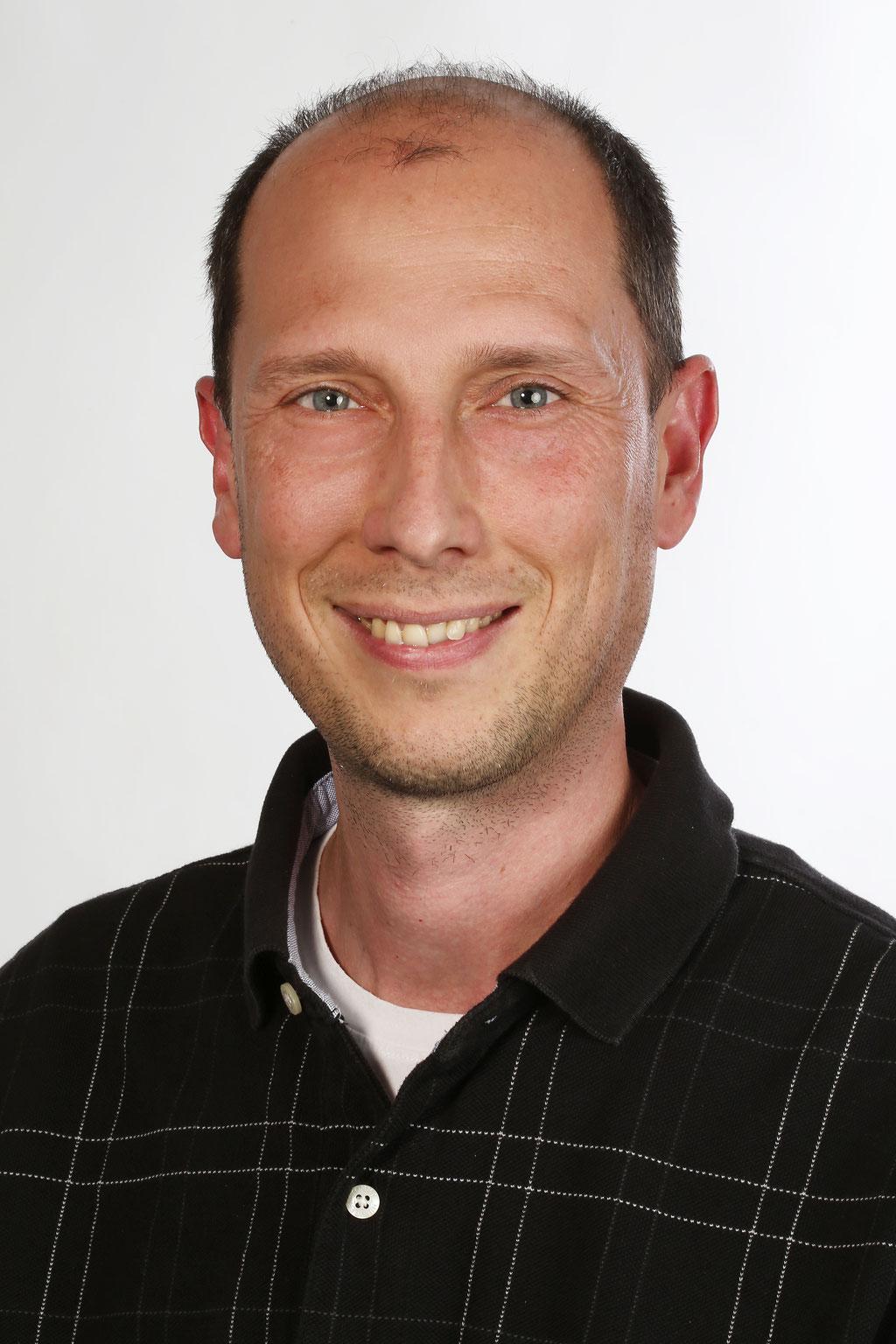 Dr. Tobias Sinnberg