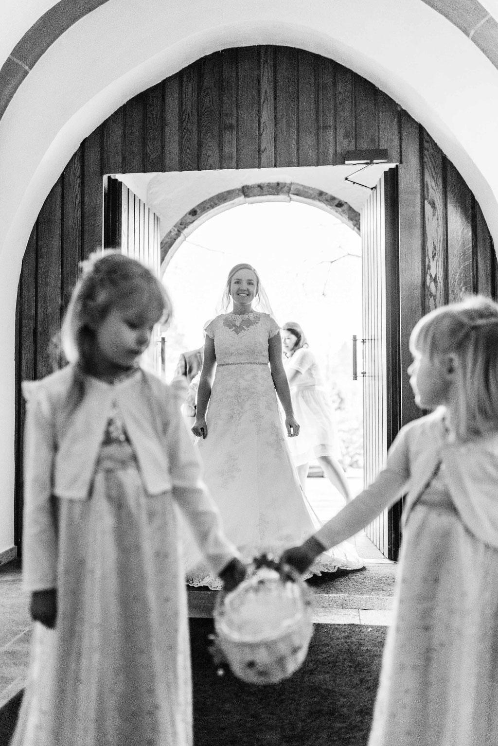 Hochzeitsfotograf Esslingen - Einzug