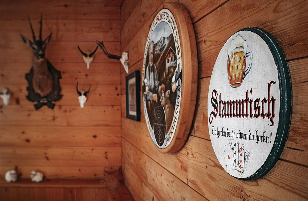 Stammtisch, Weidener Hütte, Tuxer Alpen, Tirol