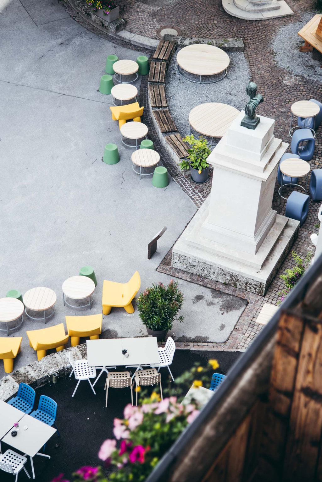 #mountainhideaways Hotel Story: Hotel BLÜ, Bad Hofgastein - Salzburgerland, Boutiquehotel, Bikehotel, Wanderhotel, Skihotel  - ideal für alle Abenteuer!, empfehlenswertes BLÜ Restaurant (Fusionsküche thailändische - österreichische Küche)  und BLÜ Bar