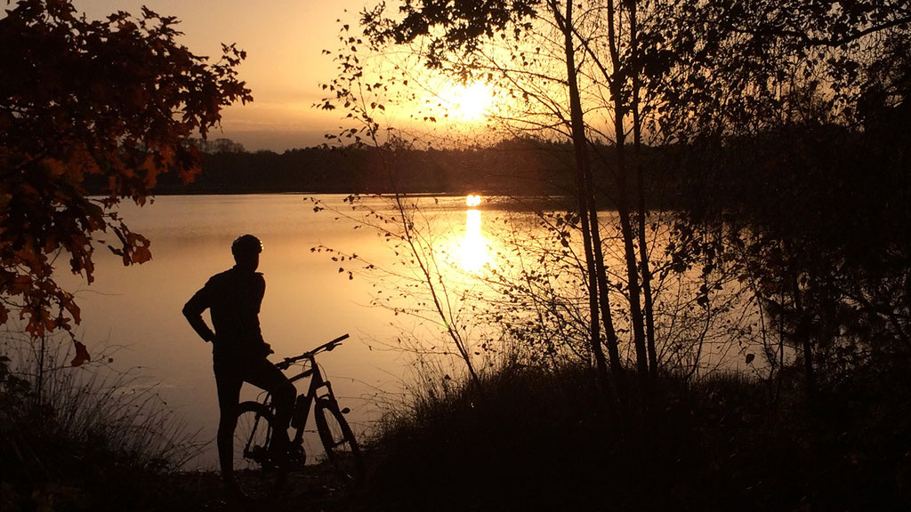 Mountainbike zonsopgang