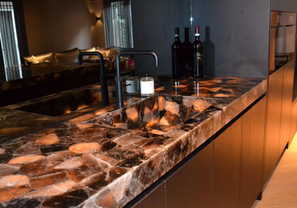 Smokey Quartz keuken met led-verlichting