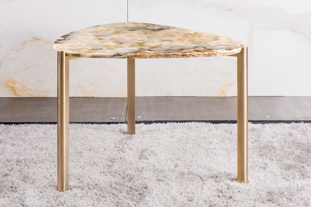 Onyx Arco Iris luxury side table