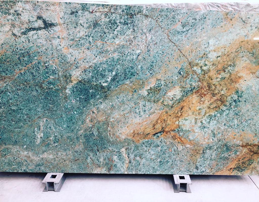 Het vertrekpunt: Turquoise marmer platen