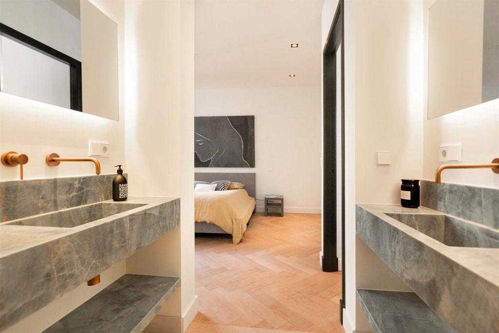 Luxury interior with Emerald Green granite