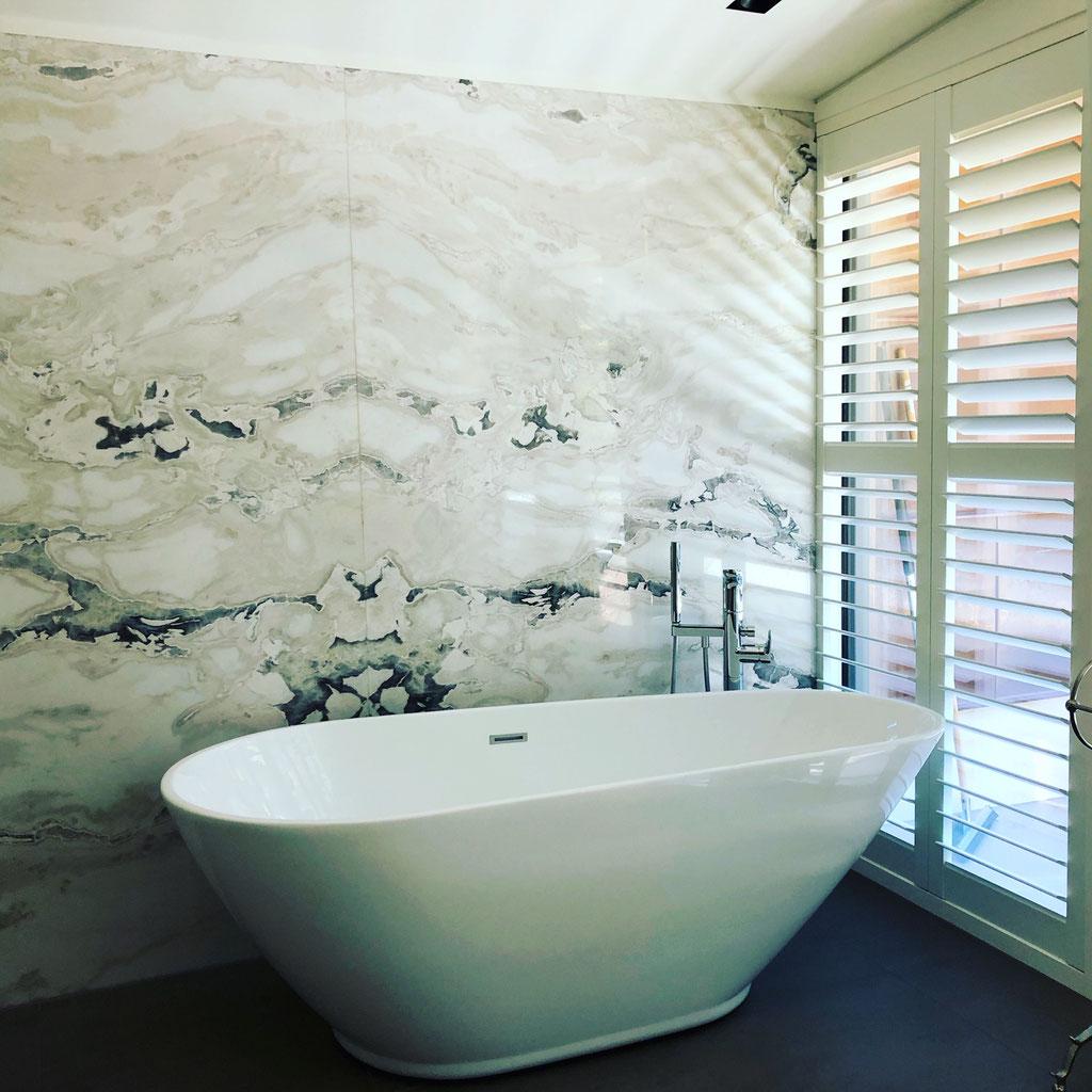 Dover White bathroom