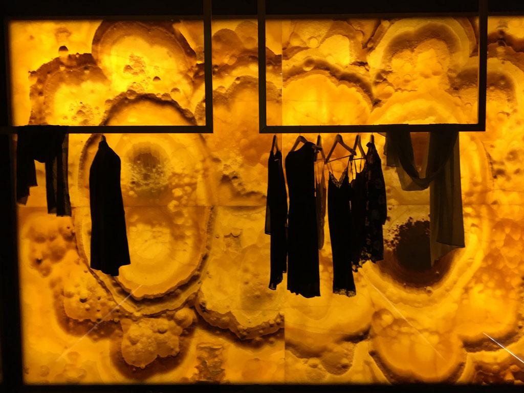 Onyx Nuvolato feature wall