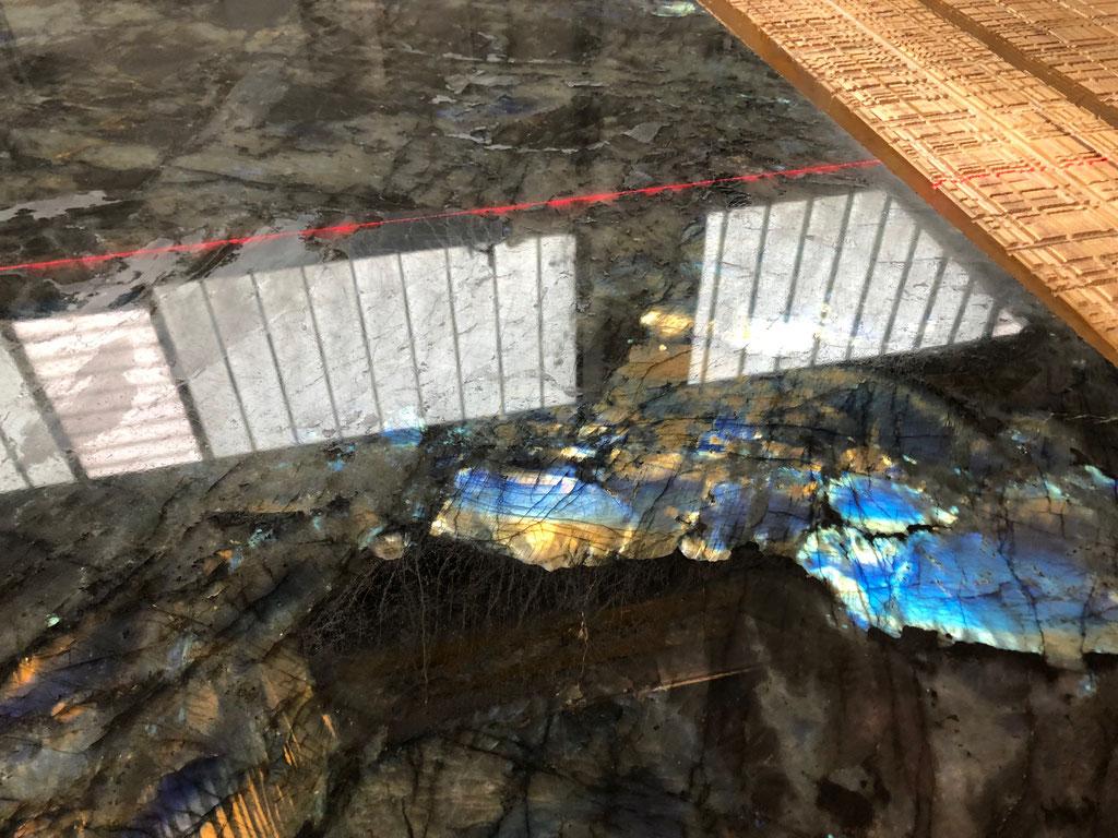 Het zagen van de Labradorite Blue graniet platen