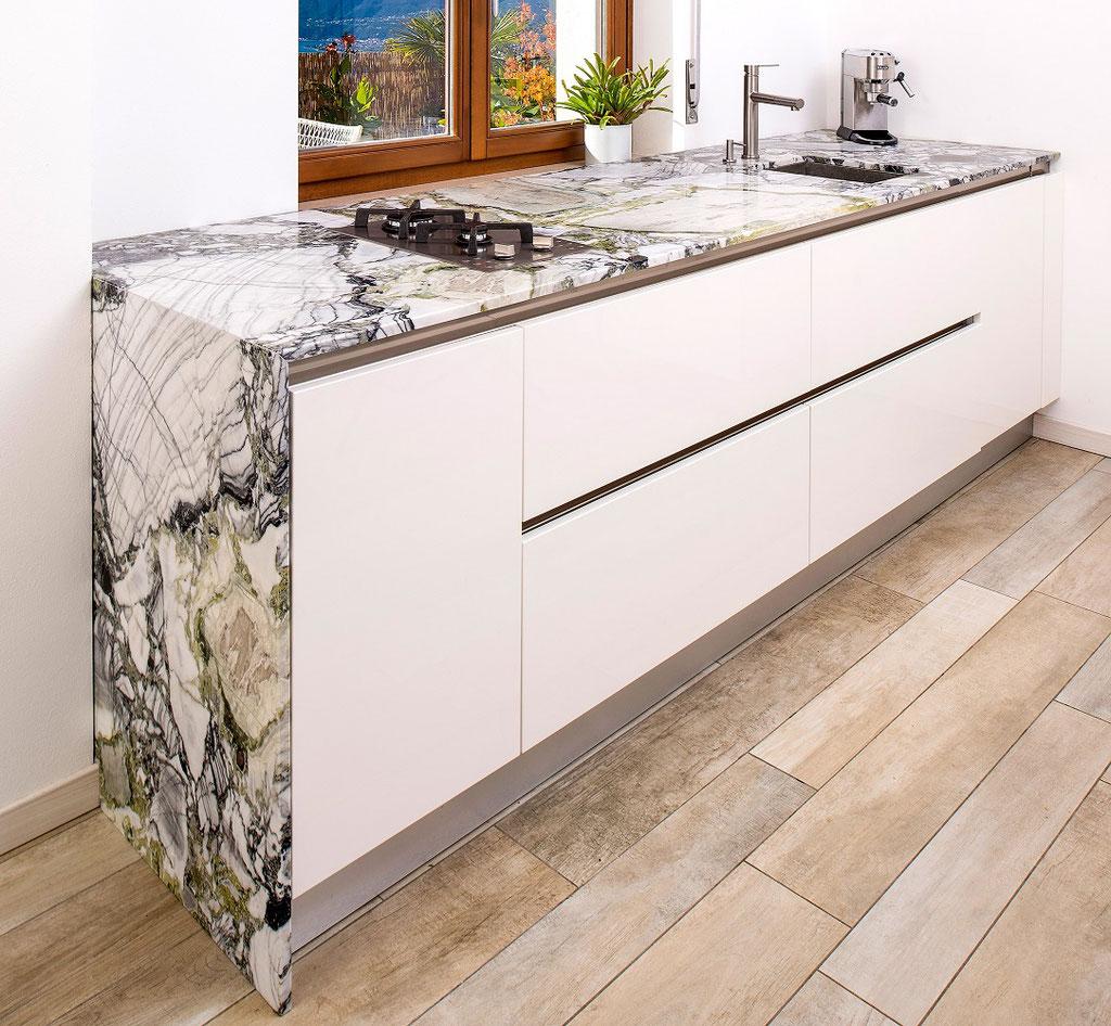 White Beauty marmer keuken