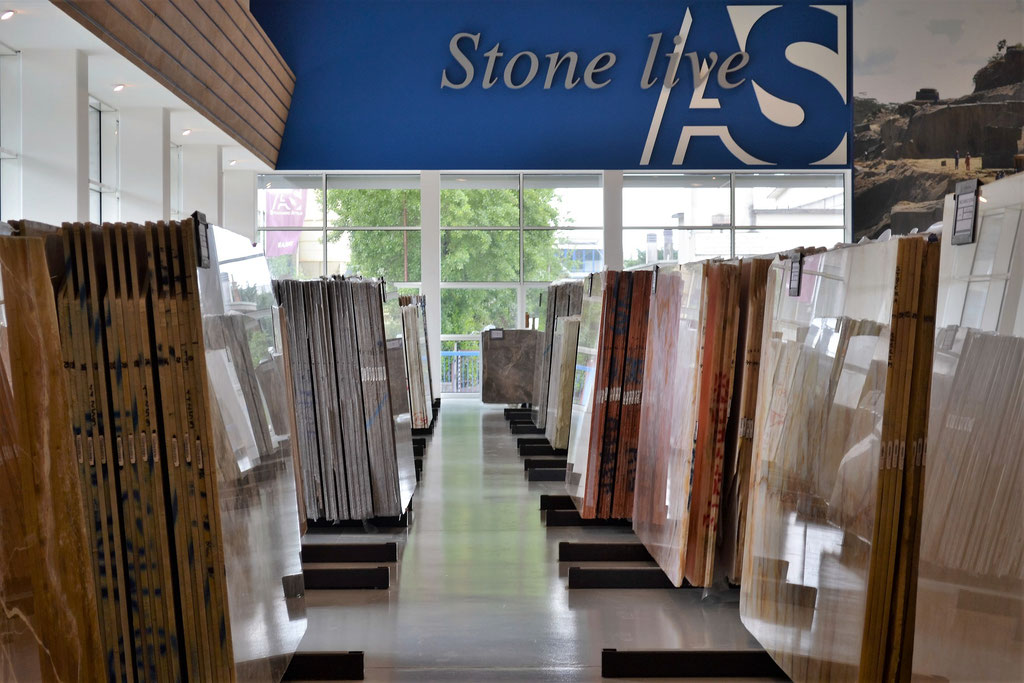 The huge numer of slab suppliers allows us to find always the right material