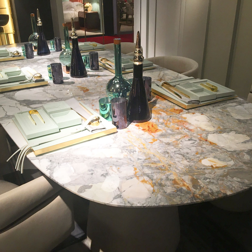 Invisible Grey Gold dining table