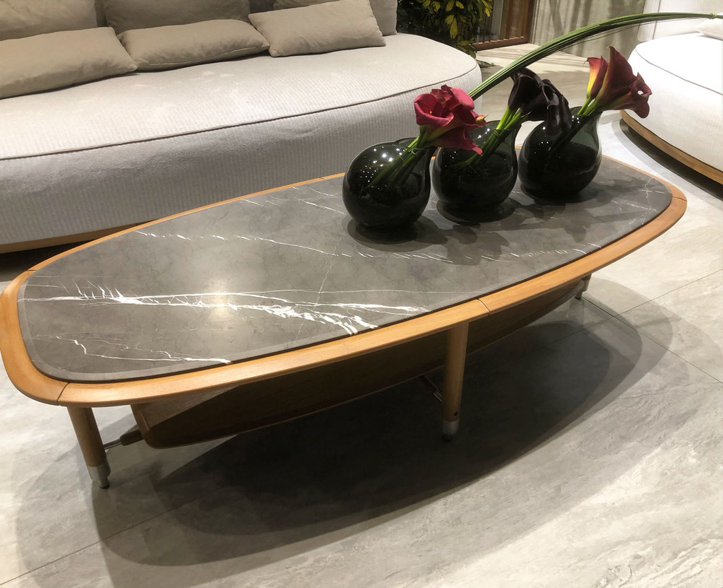 Pietra Grey with wood table