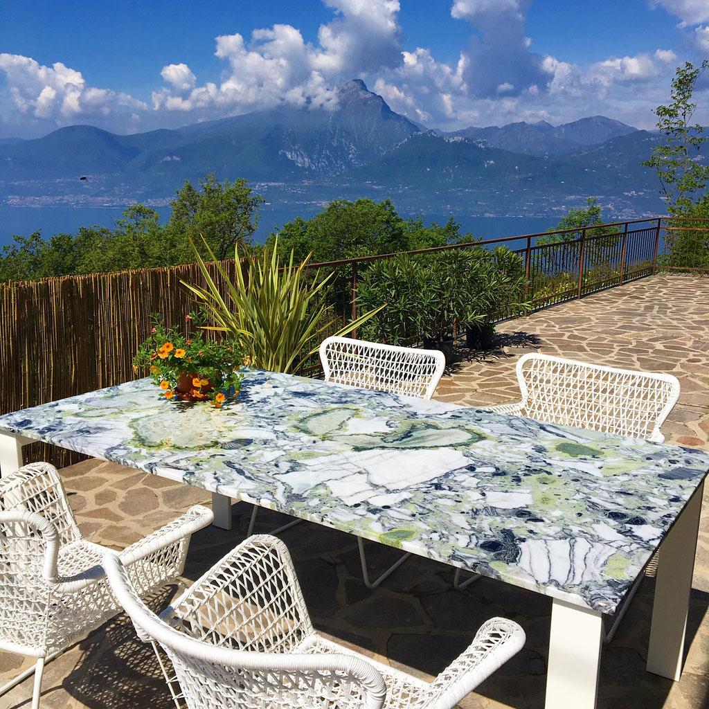 White Beauty marble garden table