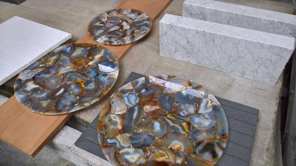 The Agate Rubane precious stone table tops.