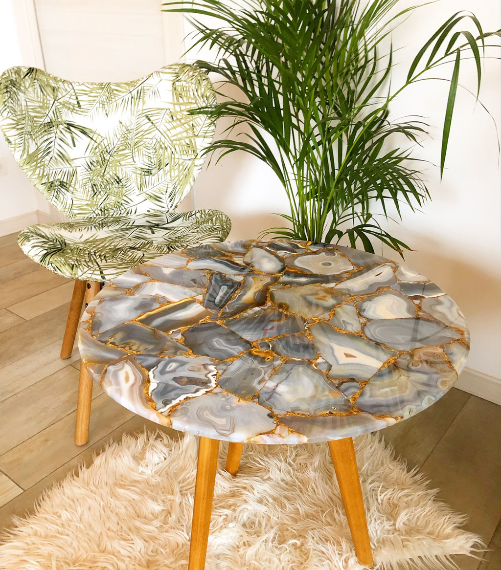 Agate Precious stone table