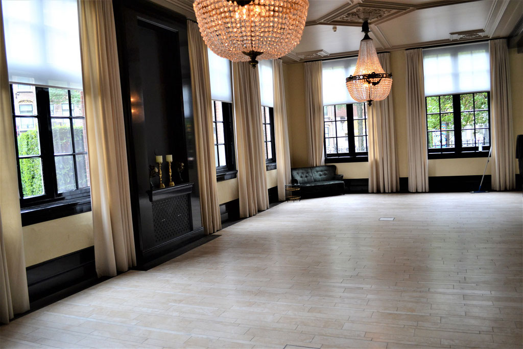 Italiaanse travertin, College Hotel Amsterdam