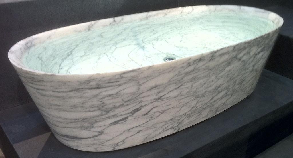 Massive Arabescato marble bath