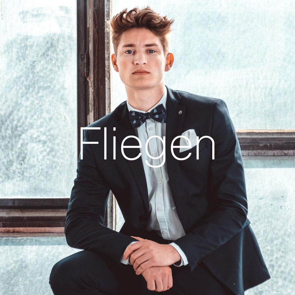 competitive price d14c3 88a01 Angesagte Herren Fliegen online kaufen - FLIEGENFAENGER ...