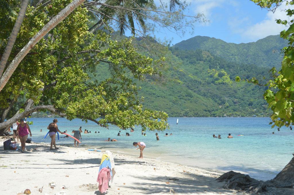 Public Beach in der Baie de Oppohuno