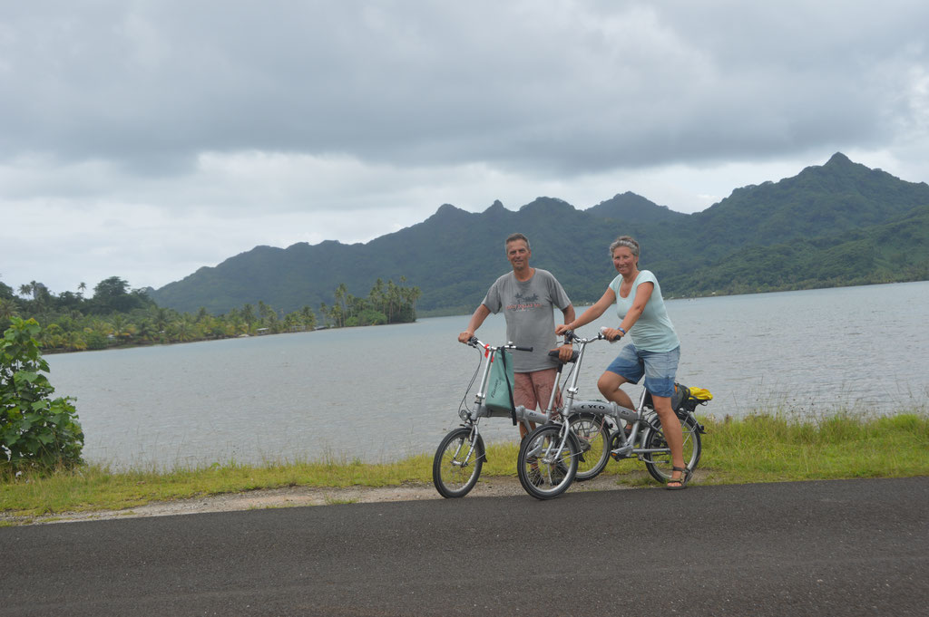 Huahine by bike