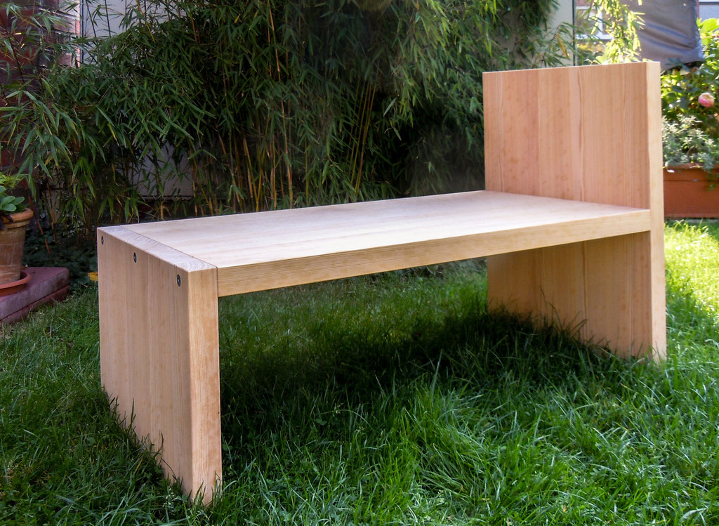 Loungemöbel aus Lärchenholz