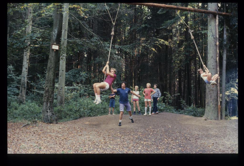 Kindergrillen Waldspielplatz 1982
