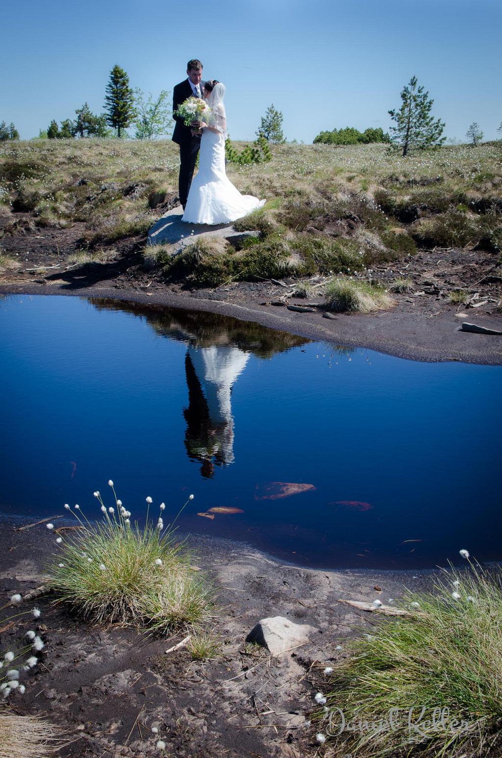 Hochzeitsbilder Hochmoor Hornisgrinde Spiegelung im Wasser