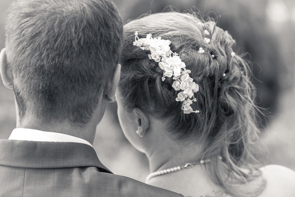 Brautpaar Blick ins Tal Schloss Staufenberg Durbach / Daniel Keller Hochzeitsfotograf