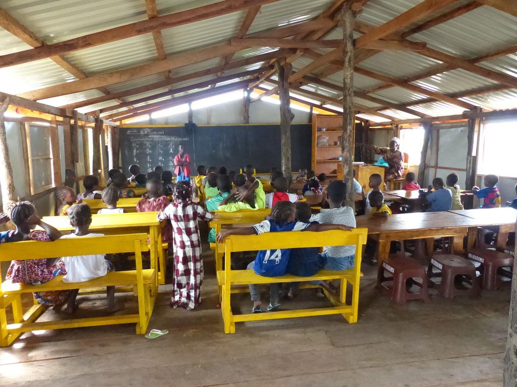 Vorschulklasse in Meyingbé
