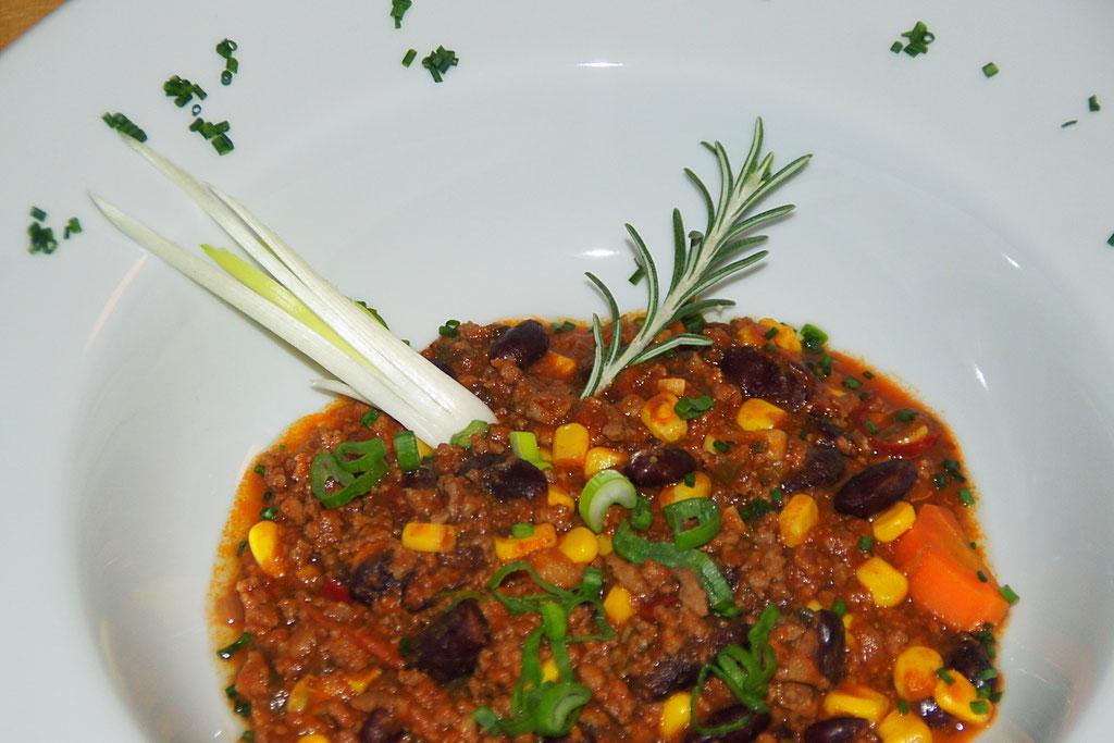 Klasiker: Chili con Carne romsarino.ch -Style - heisst mit Karotte und Ingwer